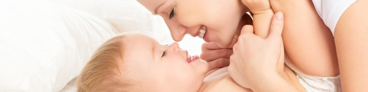 Five ways your baby shows he loves you