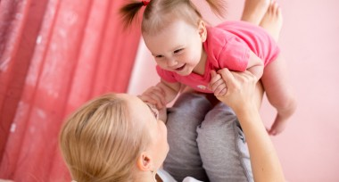 Active Playtime – start exercising with your baby –  by Philippa Bowman, postnatal fitness expert.